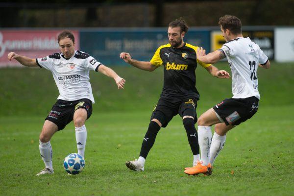 FC Bizau (in Weiß) führte die Vorarlbergliga zum Zeitpunkt des Abbruchs an. steurer