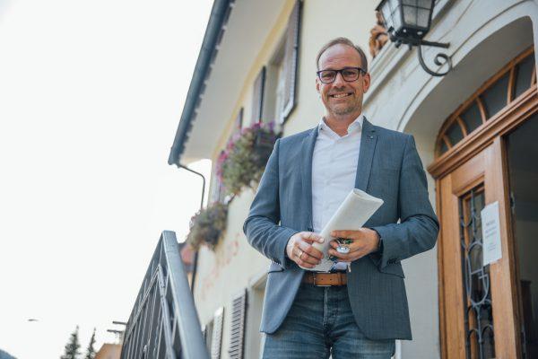 Bürgermeistersessel verteidigt: Bei der jüngsten Bürgermeisterdirektwahl konnte Dieter Egger 63,45 Prozent der Stimmen für sich verbuchen und blieb im Amt.Frederick Sams