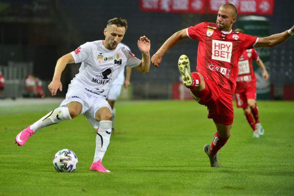 Der FC Dornbirn wird am Freitag spielen können. Ansonsten gilt für die orangen Bereiche ein Stopp der Heimspiele.gepa