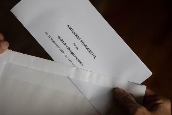 Eigener Stimmzettel für die Bürgermeisterwahl. Klaus Hartinger