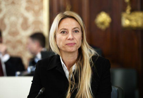 Ex-Familienministerin Juliane Bogner-Strauß ist nun steirische Landesrätin.apa