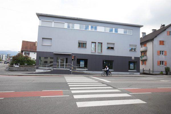 In der Rheinstraße 67 hätte die Filiale errichtet werden sollen. Nun ist das Gebäude als Mietobjekt wieder zu haben.Hartinger