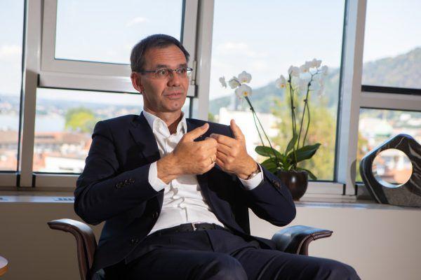 Landeshauptmann Markus Wallner in seinem Büro.Hartinger