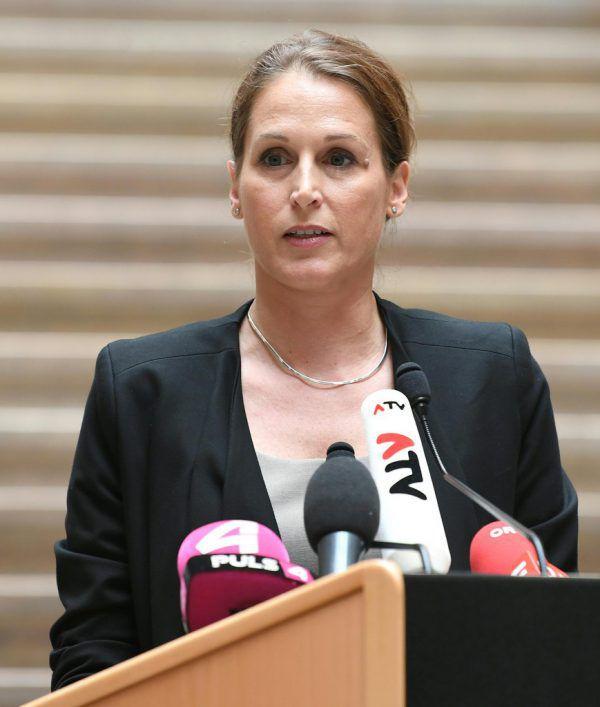 Sabine Matejka.APA