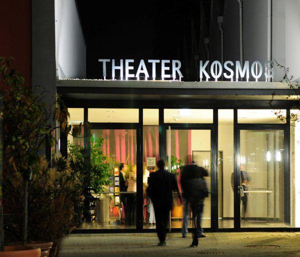 Test-Kontrollen beim Einlass oder bei der Ticket-Kontrolle? Derzeit das geplante Szenario nach dem Lockdown.Klaus Hartinger (1)/Theater Kosmos (1)
