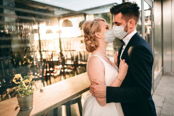 Verschoben: Viele Paare mussten ihren großen Tag von heuer ins nächste Jahr verlegen.Shutterstock, Morgane Ball Photography, Hochzeitsfeen, Archiv/Mediart
