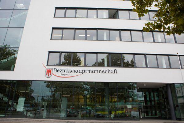 Bei den Vorarlberger Bezirkshauptmannschaften – hier Bregenz – gibt es bislang keine Auffälligkeiten bei den Zahlen im Gewerberegister.Klaus Hartinger (2)