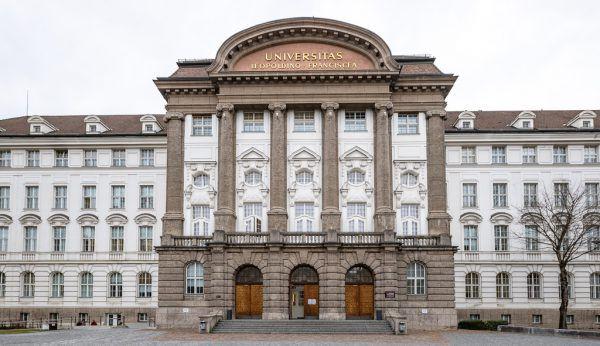 Die Uni Innsbruck wurde (und wird) als Landesuniversität gesehen. apa
