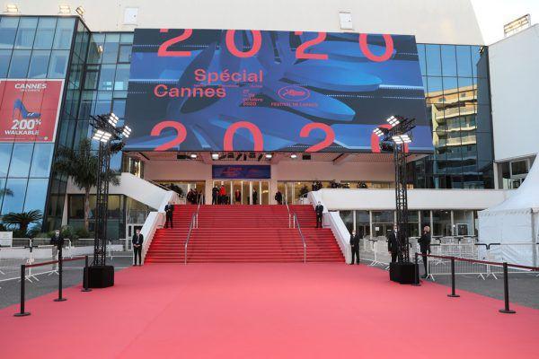 Festival mit rotem Teppich. Reuters