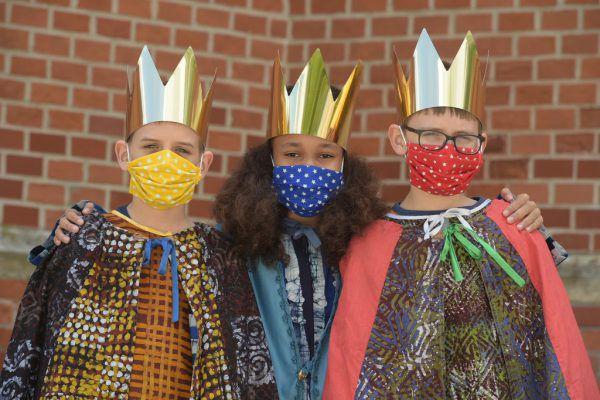 Im kommenden Jänner werden maskierte Könige von Haus zu Haus gehen.Katholische Jungschar