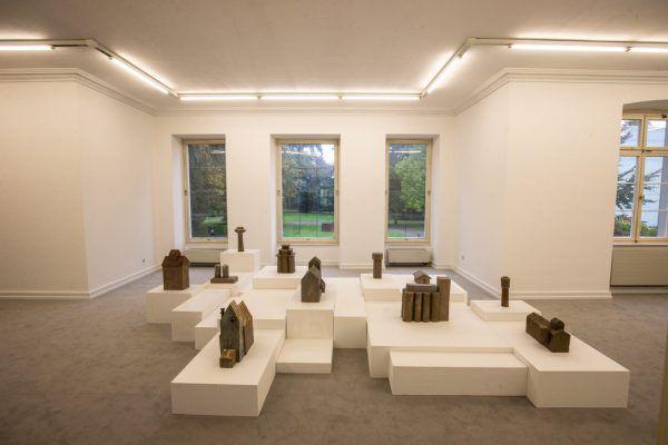 Ina Webers Arbeiten sind im ganzen Gebäude verteilt. Ein Besuch lohnt sich!Klaus Hartinger (3)