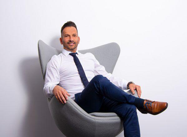 Roberto Maier gründete ein Versicherungsunternehmen.ImmoAgentur