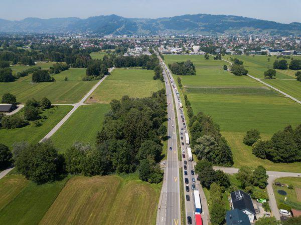 Wäre eine Untertunnelung von Lustenau in die Schweiz statt der S 18 die Lösung für die Verkehrsprobleme? Steurer