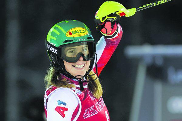 Das ist pure Freunde: Katharina Liensberger ist nach ihren beiden dritten Plätzen in Levi bereit für Zürs.GEPA