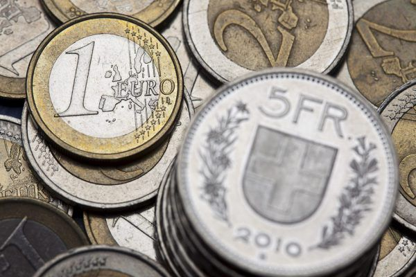 Die Schweizer Exportwirtschaft schwächelt weiter.AP