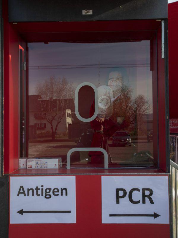 Rund um die Direktvergabe des Teststraßen-Betriebes kommen seltsam anmutende Informationen ans Licht.Roland Paulitsch