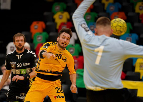Flügelspieler Alexander Wassel war gestern in Graz mit neun Treffern der beste Werfer des Abends.GEPA