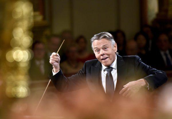 Mariss Jansons 2016 beim Neujahrskonzert mit den Wiener Philharmonikern im Musikverein.APA