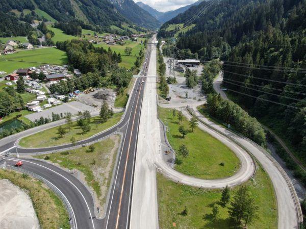 Sanierung zwischen Langener und Dalaaser Tunnel nach 20 Wochen Bauzeit abgeschlossen. ASGINAG