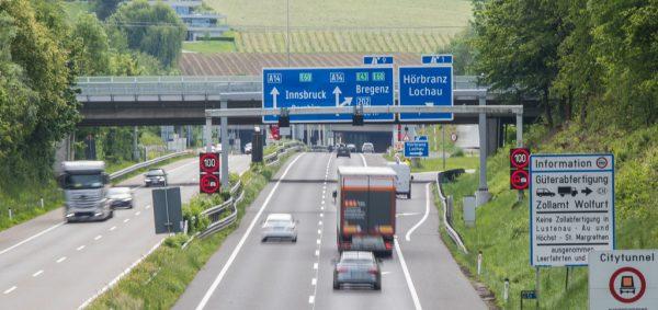 Auf der Autobahn war heuer aufgrund der Pandemie deutlich weniger Verkehr als im Vorjahr.Steurer