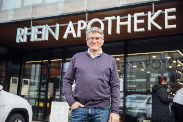 Bundes-Apothekerkammer prüft rechtliche Schritte gegen den Vorarlberger Apothekerkammer-Präsidenten Jürgen Rehak.SMAS