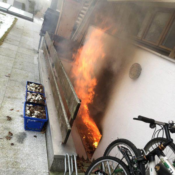 Haus brennt komplett aus.Kantonspolizei St. GAllen