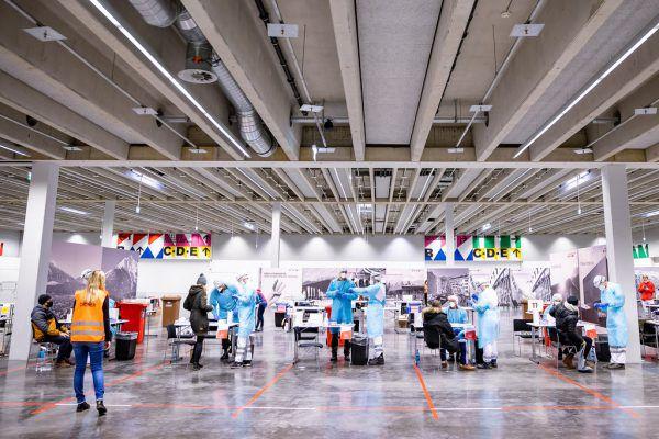 Teststation in der Messe in Innsbruck in Tirol.APA