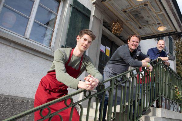 Der Brauereigasthof Reiner ist sieben Tage für Bestellungen erreichbar.Hartinger (5)