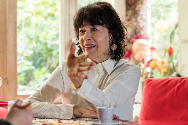 """""""Die Bagage"""" war bereits ein Erfolg – und auch Monika Helfers """"Vati"""" wird einer sein. Im Bild: die Schriftstellerin 2017. APA"""