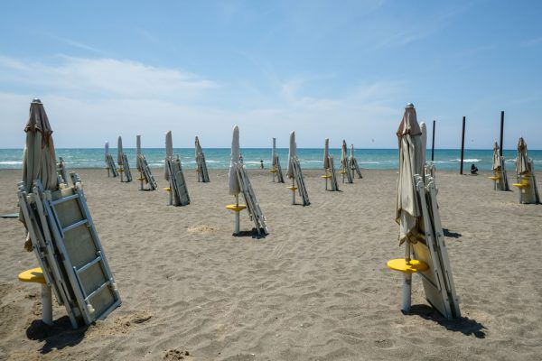 Die heimischen Reisebürobetreiber hoffen, dass solche Bilder vom vergangenen Sommer wie dieses aus Italien der Vergangenheit angehören.Neue-Archiv, Dietsche, Ellensohn, AFP