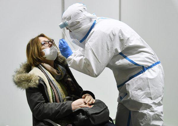 Die Massentests sind abgesagt, dafür werden ingesamt sieben Teststationen eingerichtet, in welcher sich die die Bevölkerung regelmäßig kostenfrei testen kann. APA