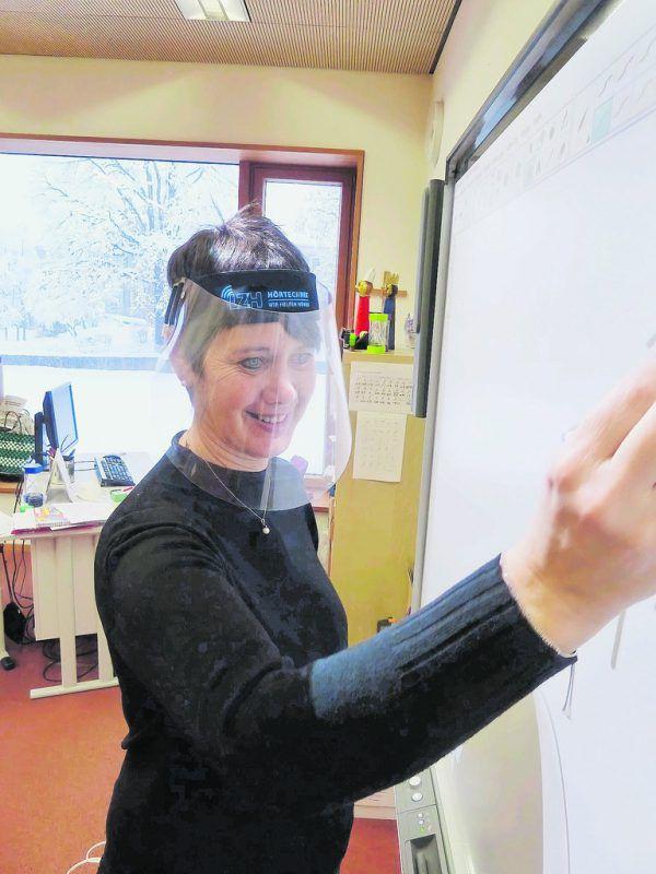 Die Schüler und Lehrer des LZH dürfen ihre Gesichtsvisiere auch weiterhin verwenden. LZH (3)