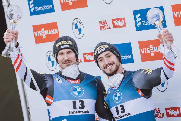 Nach dem Gesamtsieg der Doppelsitzer wird es für Thomas Steu (l.) und Lorenz Koller ab heute bei der WM in Königssee ernst. apa