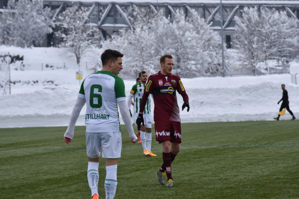 Stefan Haudum (r.) lieferte ein starkes Debüt für Altach. scr altach