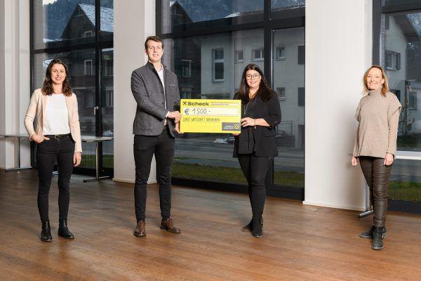 Übergabe des Spendenerlöses an den Familienverband.Eva Sutter/Matthias Rhomberg Fotografie
