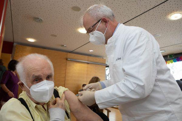 Bis Samstag ist in den Heimen die Impfung abgeschlossen.Klaus Hartinger
