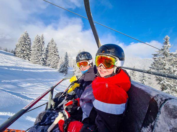 """Die Apps """"Lawine Tirol"""", """"Lawine Wissen"""" und """"Snow Safe"""" sind für Freunde des Skisports in Sachen Sicherheit unumgänglich. Symbolbild/ Foto Lerch"""