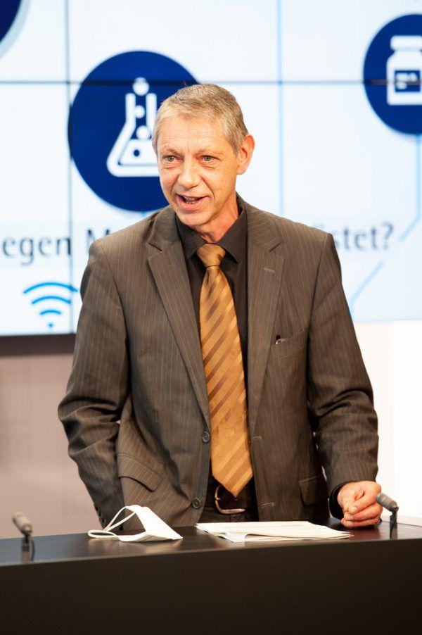 Herbert Vith, Leiter des Infektionsteams.Serra