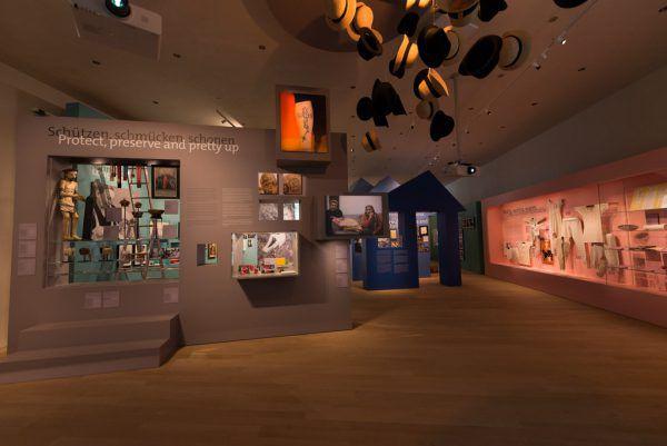 """In einer Woche haben die meisten Museen ihre Öffnung geplant – wie das vorarlberg museum. Im Bild die Schau """"ganznah"""".Markus Tretter"""