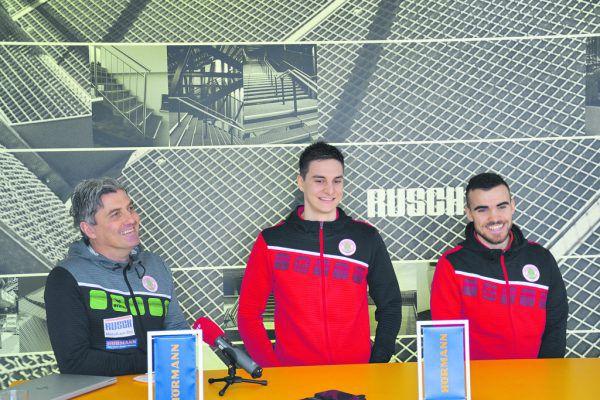Mader, Prirsch und Wächter bei der Pressekonferenz, die bei der Firma Rusch stattfand. Böhler