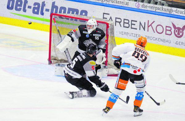 Östlund bekam nur 15 Schüsse aufs Tor, 3 waren drin.Klaus Hartinger