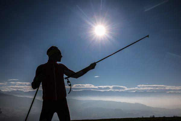 So posierte Dominik Baldauf zehn Wochen vor der WM 2019 in Seefeld für die Kamera. Es wurde ein Bild mit Symbolcharakter. Seine Taten stellten ihn in den Schatten. Hartinger, Steurer