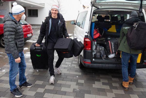"""Alessandro """"Izzi"""" Hämmerle hat sich am Dienstagmittag nach Veysonnaz aufgemacht, wo er sich seine dritte Kugel holen will. Hartinger"""