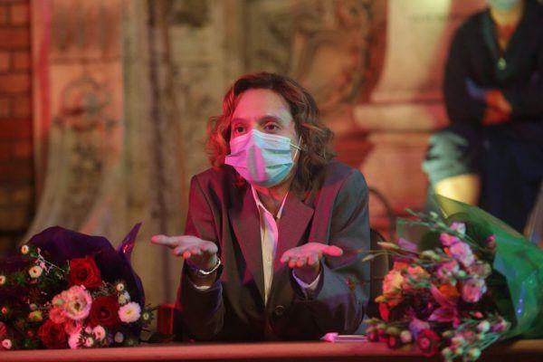 "Corona-konform mit Maske: ""Bad Luck Banging or Loony Porn"". SILVIU GHETIE/Micro Film 2021"