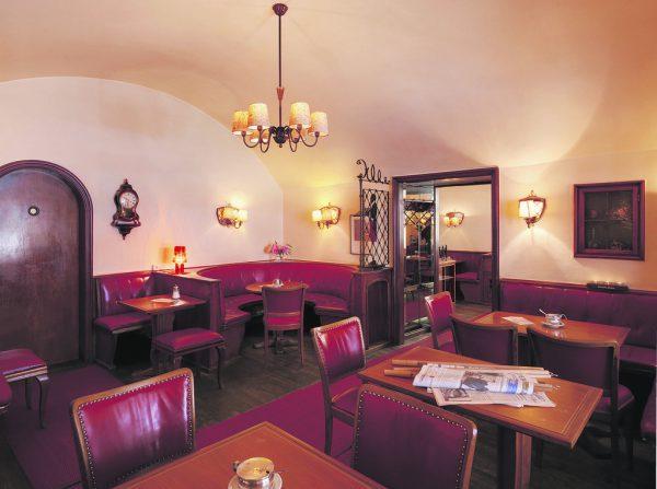 Das Café Feurstein steht seit Ende 2019 leer. marc Lins