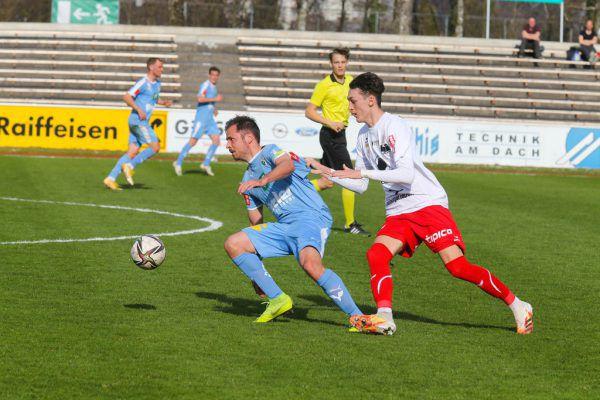 Die Spieler des FC Dornbirn konnten ihre Kontrahenten kaum stoppen. Trainer Markus Mader (kleines Bild) bleibt bis zum Sommer 2022 der Verantwortliche bei den Rothosen.hartinger (2)