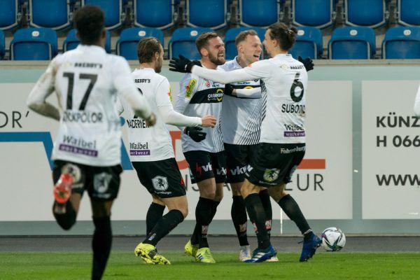 Emanuel Schreiner (Mitte) traf in dieser Saison vier Mal. Jeweils per Doppelpack gegen SV Ried.stiplovsek