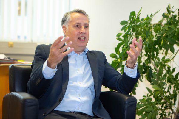 Mutmaßliche Aufnahme eines Telefongesprächs zwischen SPÖ-Klubchef Thomas Hopfner und Bürgermeister Michael Ritsch beschäftigt nun die Staatsanwaltschaft. Hartinger/Shutterstock