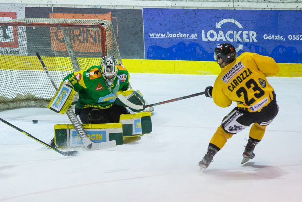 Gegen den angehenden ICE-Klub Pustertal setzte es gestern für Lustenau eine Niederlage. Hier fällt das 1:2 durch Carozza. Steurer, Stiplovsek