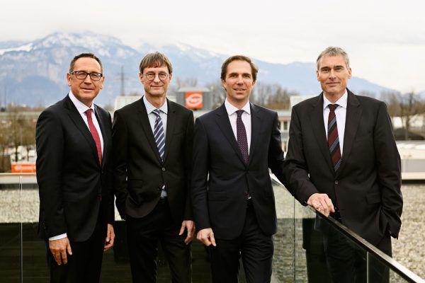 Geschäftsleitung (v.l.): Jürgen Bauer, Peter Kloiber, Wolfram Senger-Weiss (Vorsitzender) und Lothar Thoma. Gebrüder Weiss / Gnaudschun